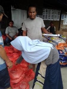 distribusi logistik dusun3-02